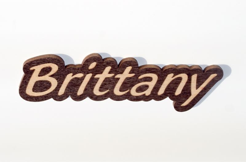 Bubble cutout name tag
